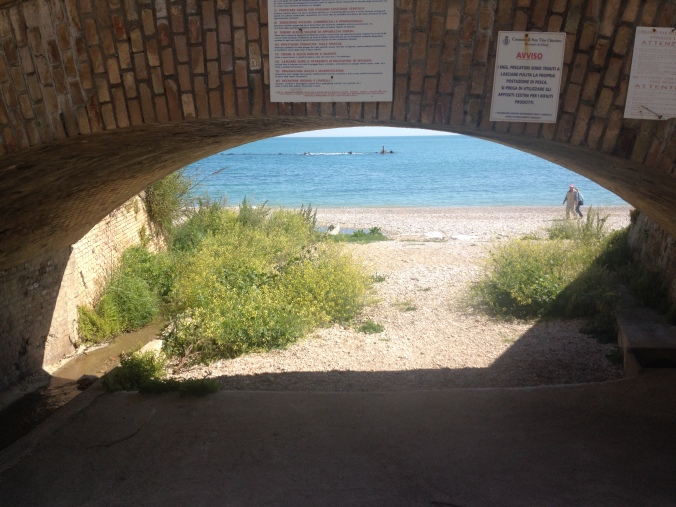 Free beaches in Abruzzo